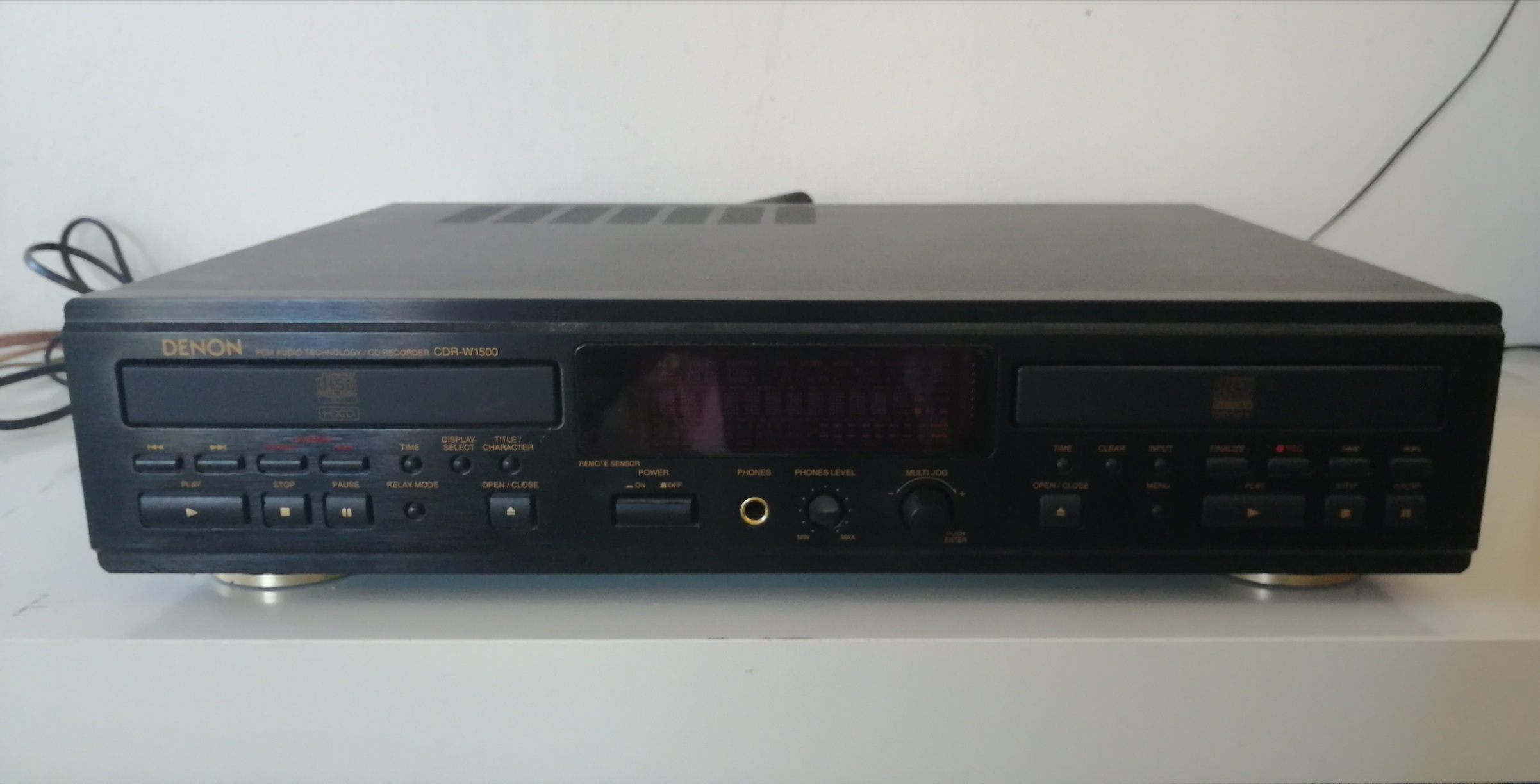 Denon CDR-W-1500 (Double Deck CD Recorder with Remote and Manual)